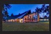 Villa Sapi, Merah Meriah di Pantai Lombok