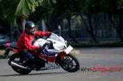 Begini Rasanya Mengendarai Honda CBR250R Sehari-hari