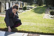 Menghadapi Depresi akibat Kematian Pasangan pada Lansia