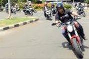Menikmati Kecepatan Tinggi Sepeda Motor Tanpa Suara