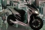 "Honda Vario 150 Berjubah ""Low Rider"""