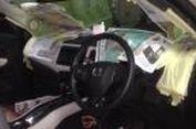 """Cara Murah Bikin """"Konser Musik' di Kabin Mobil"""