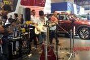 """Menikmati Band 'Bisu"""" di Kabin Honda CR-V Fender"""