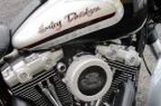 """""""Upgrade"""" Harley-Davidson Mahal, Beli Penutup Mesinnya Saja"""