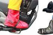 Tren Pelindung Sepatu buat 'Biker' di Musim Hujan