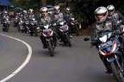 Geber 'Bebek Super' Honda di Trek Menantang