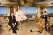 Mengintip Istana Keluarga Trump yang Penuh Emas