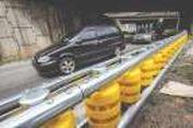 Cegah Kecelakaan, Malaysia Buat Pembatas Jalan Berteknologi Korsel