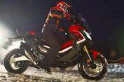 Aksi Marquez Siksa Skutik Bongsor Honda di Salju
