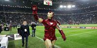 """""""Iron Man"""" Gegerkan Markas Juventus"""
