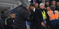 Man United Lawan Chelsea, Mourinho Layangkan