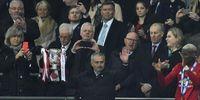 Saat Mourinho Menahan Tangis