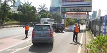 Bayar di Gerbang Tol Masih Bikin Bingung