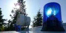 Tilang dan Denda Mobil yang Pakai Lampu Rotator dan Sirine