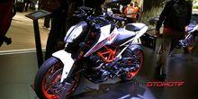 Besok, KTM Duke 390 Tiba di Indonesia