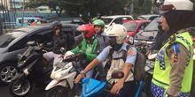 Bikers, Jangan Pernah Lupakan Helm