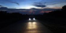 "Binar Mata BMW X3, ""Matahari"" di Kala Gelap"