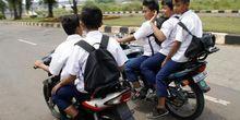 Mental, Alasan Anak-anak Dilarang Berkendara Motor