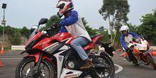 Diler Honda Sebar Virus Keselamatan Berkendara