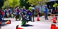 Pinjam Kantor Suzuki Buat Belajar
