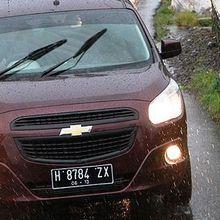Pahami Akibat Malas Cuci Mobil di Musim Hujan