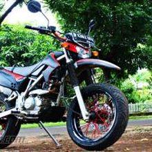 Sentuhan Sederhana Bikin Kawasaki KLX Jadi Gagah