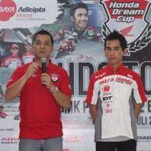 Pebalap Honda Edukasi Siswa SMK Bandung