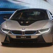 Beli BMW i8 Sekarang, Dapatnya Tahun Depan