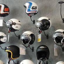 Cari Helm Gaya Klasik dengan Harga Murah