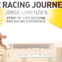 """Jorge Lorenzo """"Seru-Seruan"""" dengan Komunitas Ducati Indonesia"""