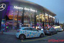 Jelajah Dua Negara Bersama Mercedes-Benz