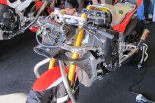 Paddock Dimas Ekky di Astra Honda Racing Team