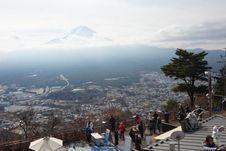 Melihat Gunung Fuji melalui Kereta Gantung