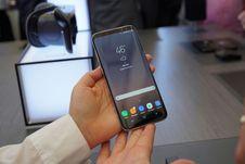 Melihat Samsung Galaxy S8 dan S8 Plus dari Dekat