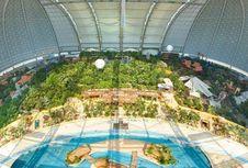 Wow, Resor Tropis di Dalam Hanggar