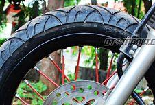 """Kenali Karakter Pelek Jari-jari dan """"Racing"""" buat Sepeda Motor"""