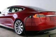 """China Tantang Tesla di Segmen """"Premium Electric"""""""
