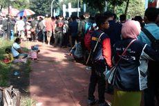 Penonton dari Luar Kota Kecewa Penundaan Penjualan Tiket
