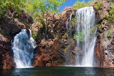 Indahnya Air Terjun dan Danau Bekas Tambang Uranium