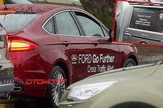 Variasi Teknologi Parkir Otomatis Ford