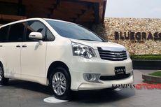 "Toyota NAV-1 ""Terjepit"" Fortuner dan Altis"