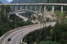 Jembatan Kelok Sembilan Jadi Obyek Wisata Para Pemudik