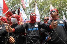 Demo Buruh, Dua Anggota LBH Dipukul dan Diseret Polisi