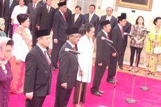Presiden Jokowi Lantik 13 Duta Besar di Istana