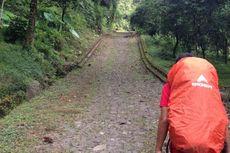 Willem Sigar Daki Gunung Arjuno dari Puncak Welirang