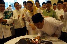 Ulang Tahun, Djarot Tiup Lilin dan Potong Kue Usai Shalat Id