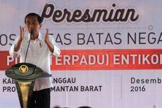 Presiden Jokowi Resmikan Pos Lintas Batas Negara di Entikong