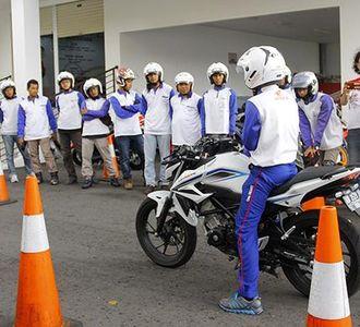 Honda Ajak Blogger dan Vlogger Sadar Keselamatan Berkendara