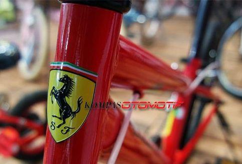 Beli Ferrari Murah, Cuma Rp 1,7 juta