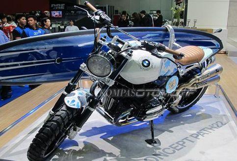 "BMW R nineT ""Sreet Tracker"" yang Memukau"